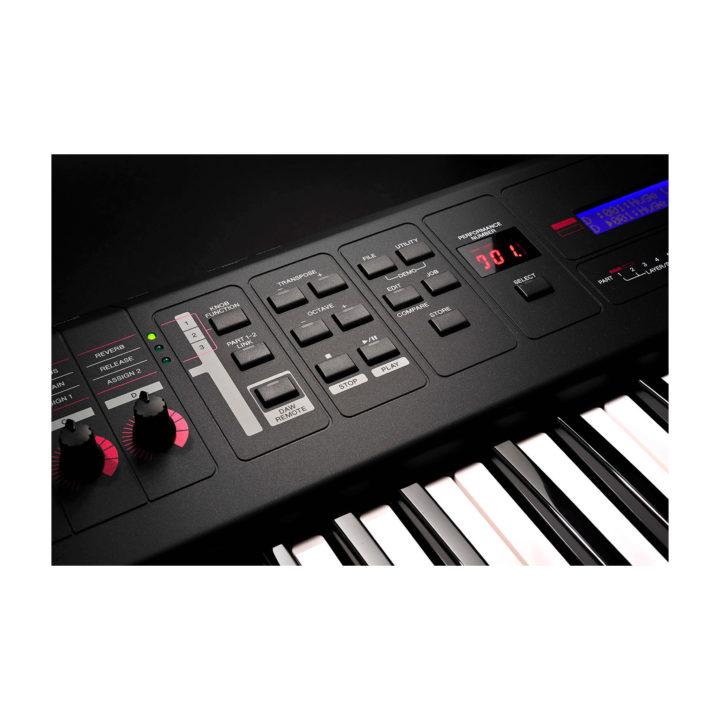 Yamaha MX49 11
