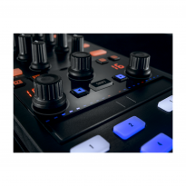Native Instruments Traktor Kontrol Z1 6