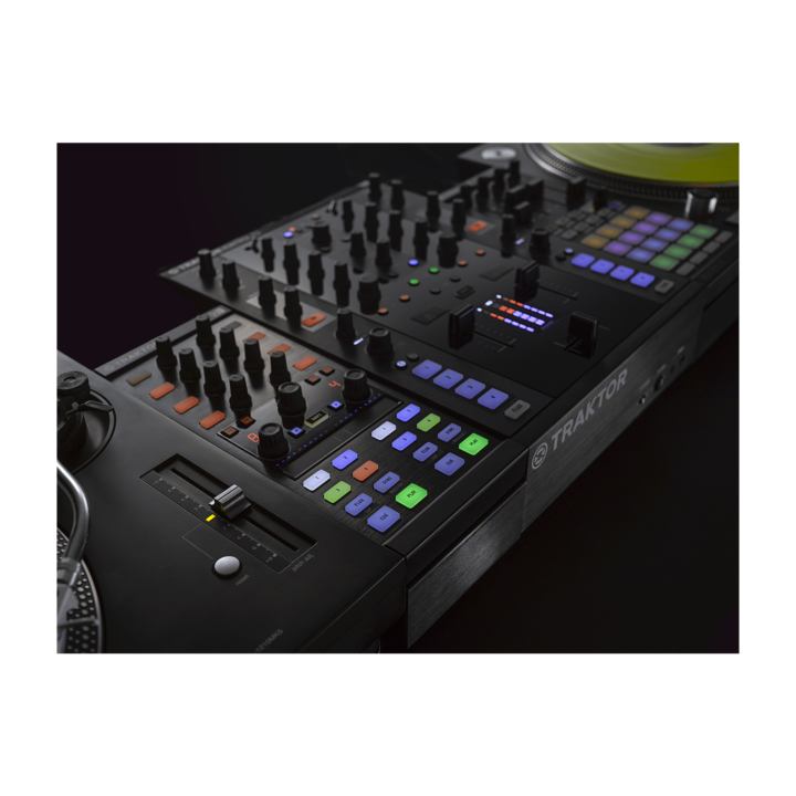 Native Instruments Traktor Kontrol Z1 5