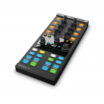 Native Instruments Traktor Kontrol Z1 1