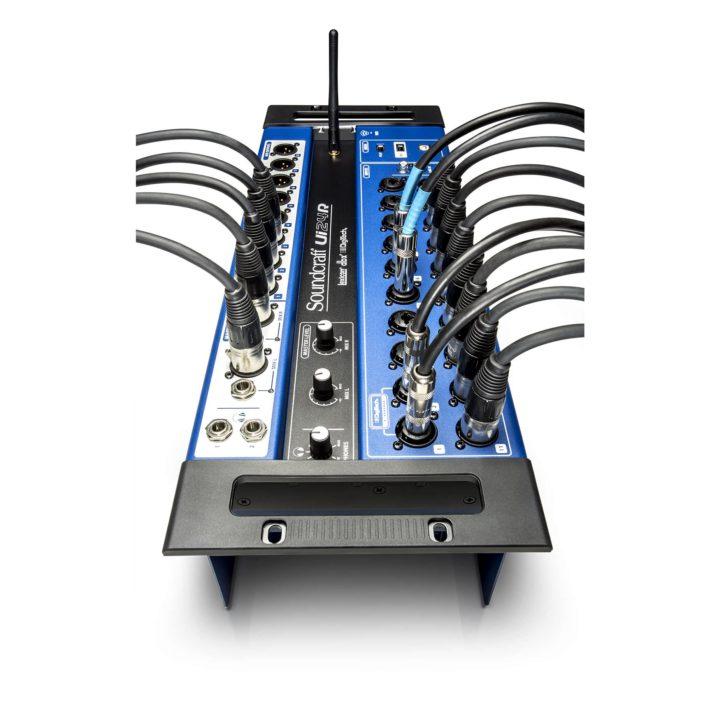 Soundcraft Ui24R 10