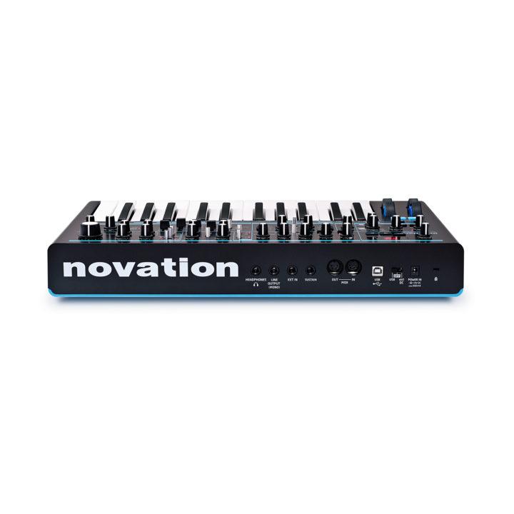 Novation Bass Station II 3