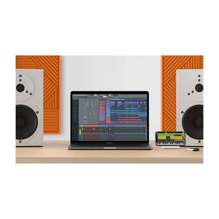 FLStudio20MacBookProDesk